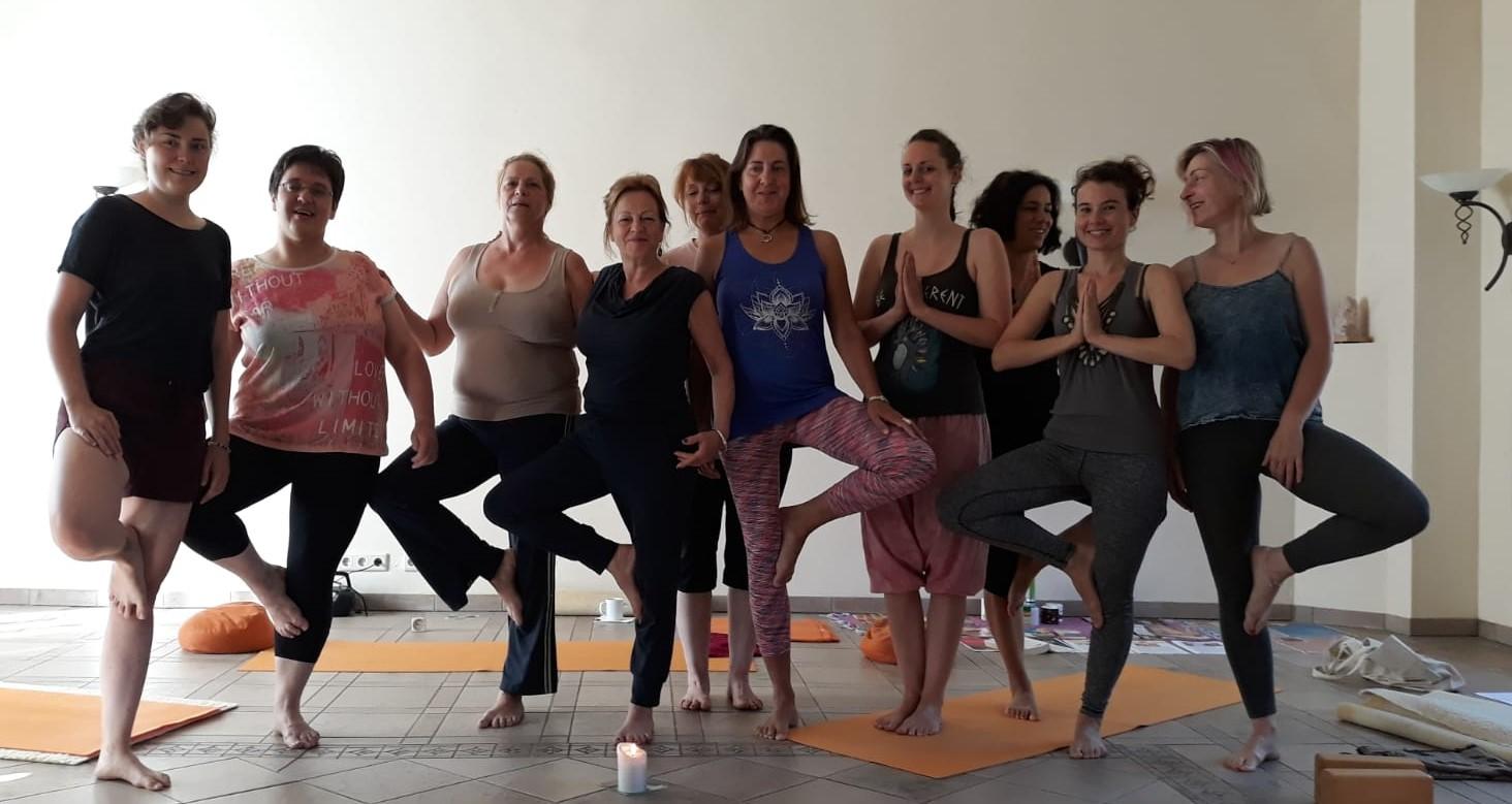 Kompaktkurs Hatha Yoga zum Auftanken… und eine Reise zum Mysterium des Beckenbodens – zertifizierter Präventionskurs!